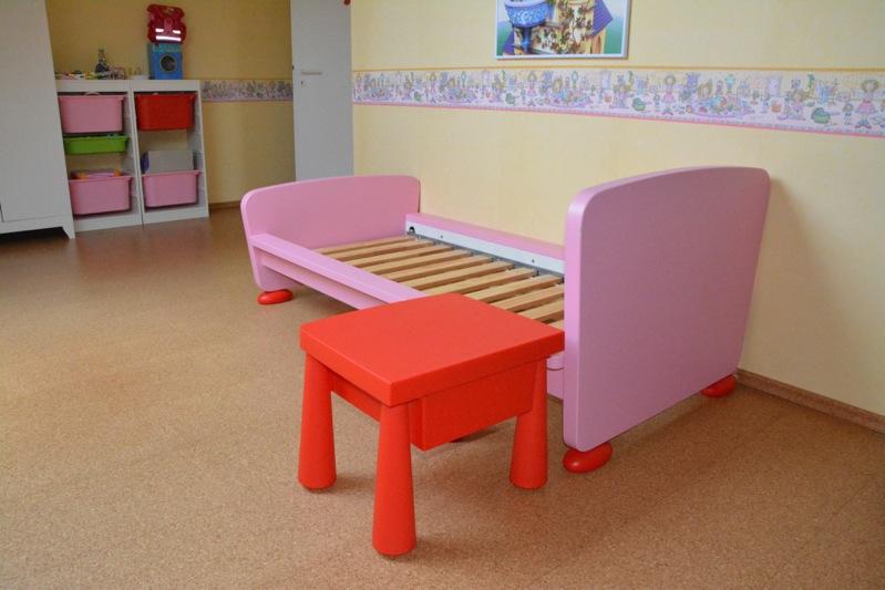 ikea mammut bett rosa vendita a reggio emilia casa e. Black Bedroom Furniture Sets. Home Design Ideas